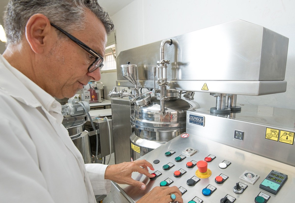 laboratorio-diadema-macchinari